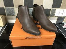 Brand New - Rocket Dog Womens Brown Rescue Akron Boots - Size 4