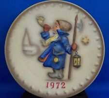 Goebel Hummel Annual 1972 Little Boy Horn Lantern 2nd Edition Collector Plate
