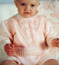 """1510 Dk Bébé Fille 20-24 """"pull & shorts vintage knitting pattern"""