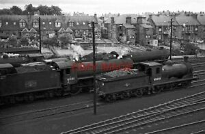 PHOTO  LNER CLASS J36 LOCO 61101 AND 65288  AT DUNFERMLINE LOCO SHED 1965 THIS W
