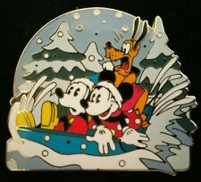 DISNEY WDW 2003 FOUR SEASONS COLLECTION MICKEY MINNIE PLUTO WINTER SLEDDING PIN