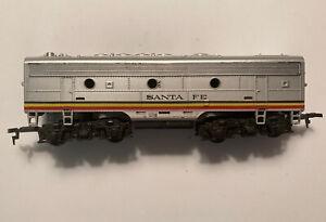 Vintage Ho Scale Tyco Mantua Santa Fe B Unit Dummy (Non Powered) RTR
