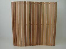 Wellnessmatte Zedernholz Holzmatte 80 x 80cm Badvorleger Saunamatte Badematte