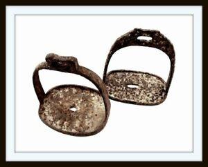 ANTIQUE ANCIENT EXCAVATED CHINESE/KOREAN WARRIOR'S HORSE SADDLE STIRRUPS (sword)