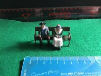 Vintage Britains Era Lead Civillian/Home.Old Couple Sitting On Park Bench. 1/32.