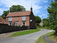 FARM COTTAGE HOLIDAY LET EAST YORKSHIRE COAST FISHING SLEEPS 6 5 4 £99 a night