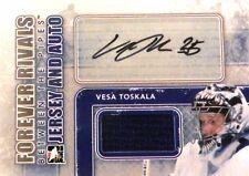 12-13 itg forever rivals vesa toskala maple leafs blue jersey autograph auto