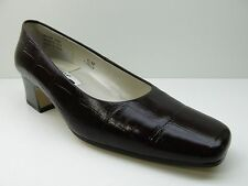 2acc4b87805 Caressa Crosstown Collection Brown Leather Heels Pumps Shoes 6.5M 6.5 MSRP   79