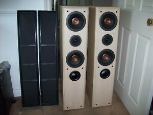 Technics SB-T200 - Mint - Floor Standing Speakers