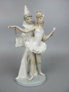 """Stunning Vtg Lladro Daisa 4882 """"CARNIVAL COUPLE """" Ballerina & Pierrot Figurine."""