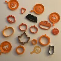 Vintage Halloween 18-Piece Plastic & Metal Cookie Cutters, Bat, Pumpkin, Leaf