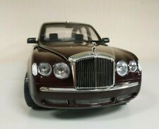 MINICHAMPS 1:18 BENTLEY STATE LIMOUSINE HER MAJESTY THE QUEEN USED