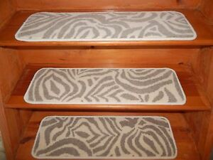 13 Step 9'' x 30''  + 1 Landing 23'' x 30'' Stair Treads  Woven Wool Carpets.