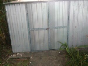 Garden shed 3x3 used.