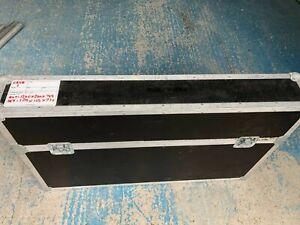 """Swan Flightcase for 50"""" LCD, LED or Plasma screen"""