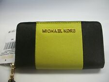 MICHAEL KORS JET SET CENTER STRIPE LEATHER SLIM TECH WRISTLET BLACK APPLE NWT