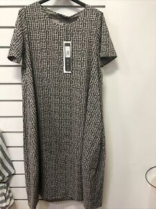 Neirami Short Sleeve Dress New