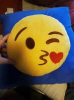emoji kissing pillow 12 inch plush 12 by 12 ship out fast new