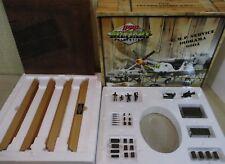 GMP Military Aircraft Service Diorama 9004 & Servicemen Figurines Die-Cast 1:35
