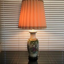 Vintage Chinese Hand Painted Porcelain Vase 2 Lights Table Lamp w/Wooden Base