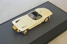 Matrix MAX51303-011 - Mercer Cobra Exner cabriolet blanc - 1965   1/43
