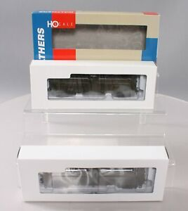 Walthers 932-25484 HO Scale WP Wood Reefer W/ GSC Trucks 2-Pk LN/Box