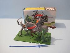 BRITAINS Plastic Toy Soldiers: KNIGHTS IN COMBAT MINI SET #1081