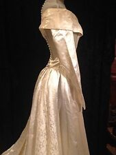 Stunning Vintage 1930s Wedding Gown Ivory Duchess Satin Lace Fabric Buttons VGC