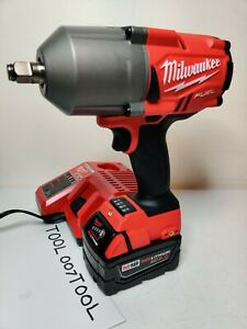 "Milwaukee 2767-20 M18 FUEL 1/2"" 1400 FT/LBS 5.0 Ah High Torque Wrench Impact Kit"