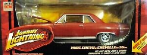 CHEVELLE SS 1965 CHEVY RED JOHNNY LIGHTNING 1:24 DIECAST CHASSIS CAR