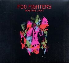 "FOO FIGHTERS ""WASTING LIGHT"" CD NEU"