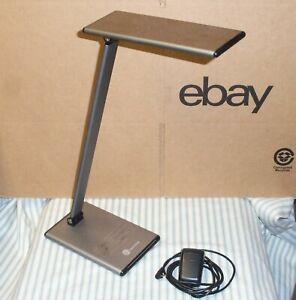 TaoTronics TT-DL20 LED Desk Table Lamp 8W Ergo Eye-Caring Adj. Color & Intensity
