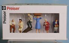 Preiser 65368, Spur 0  1:43,5 / 1:45, Sitzende Reisende / seated passengers /