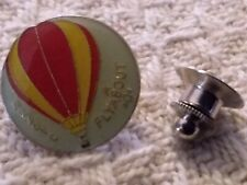 Fly about Hot air balloon Pin,S/H combined no additional charge