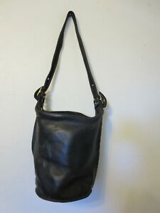 vintage Coach bucket feed sac bag purse black leather J4D-9805 duffle large
