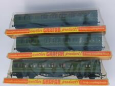 3 OO Graham Farish SR Brake Coaches all 3rd Class box