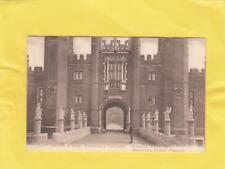 MOAT  BRIDGE  ,  HAMPTON COURT  PALACE   , LONDON       ( 29c )
