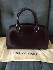 Auth NEW Louis Vuitton Pont Neuf Epi Prune Electric (patent Leather)