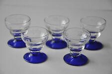 5 anciens petits verres à liqueur sur pied verre gravé CHARMANTS