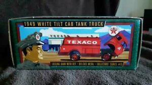 ERTL TEXACO COLLECTOR SERIES #13 1949 WHITE TILT CAB TANK TRUCK COIN BANK 1996