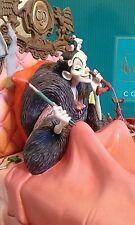 WDCC Walt Disney Classics Collection Cruella De Vil in Bed It's that Devil Woman