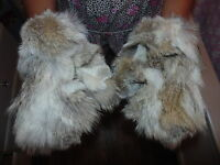 New Authentic  Natural Coyote  Fur Gloves Mittens Soft and Furry