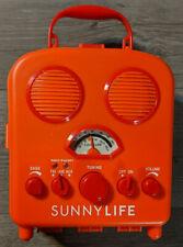 Sunnylife Portable Beach Mp3 Speaker Am/Fm Radio, Smartphone Holder