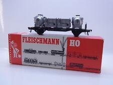 LOT 46674 | Schöner Fleischmann H0 5230 Behältertragwagen der DB in OVP