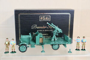 BRITAINS 8926 WWI BRITISH THORNYCROFT AA TRUCK with SERVICE DETACHMENT BOXED nz