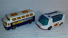 2x alte Spielzeugautos/Vintage toy cars MATCHBOX: Strecha Fetcha & Airport Coach
