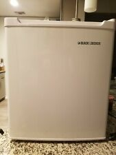 Black and Decker Bna17 used white Mini Fridge, very good condition, pick-up only