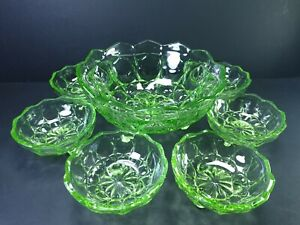 """Art Deco Green Glass Large Bowl with 6x Dessert Bowls 4 1/2"""""""