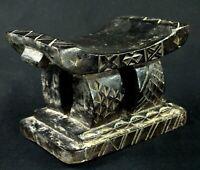 Arte Africano - Antico Piccolo Sgabello Akan Aux Fine Incisioni Etnico - 17 CMS