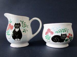 SADLER Milk Jug & open Sugar Bowl - Black Cat in garden - Vintage Country Style
